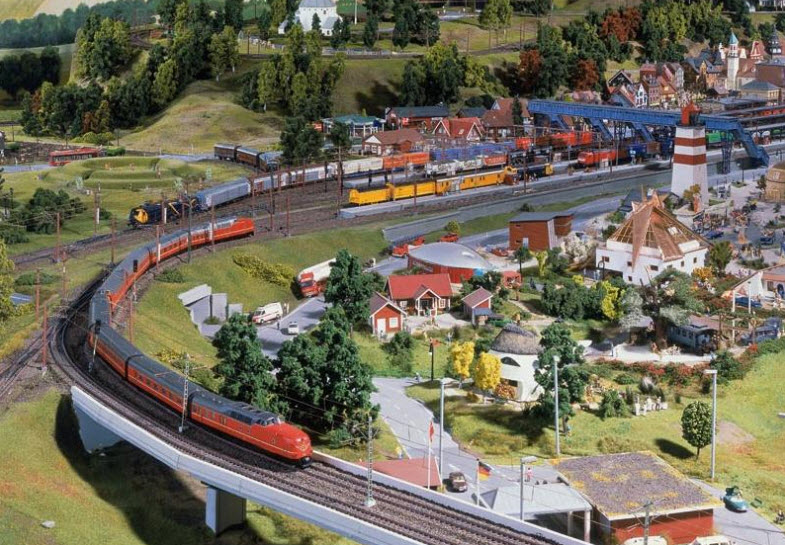Train/Railway theme (scale 1:87)