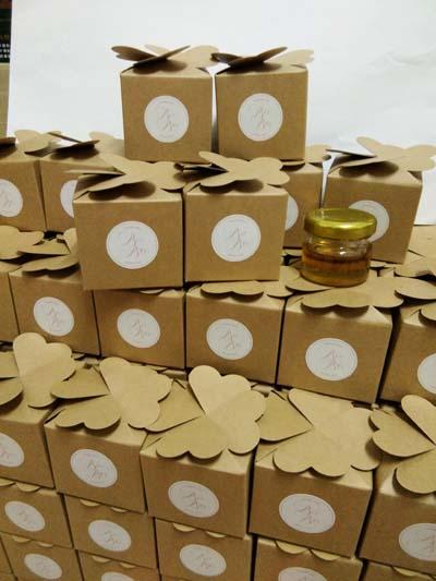 น้ำผึ้งในขวดแยม ขนาด 30 ml. แพ็กกล่องรูปหัวใจ