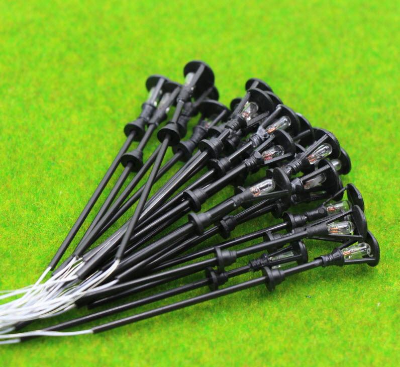 เสาโคมไฟ สีดำ สเกล 1:75 - 1:120 ขนาด 12 VDC 10 ต้น