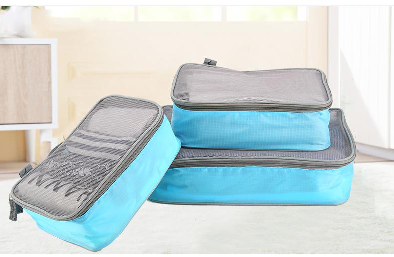 กระเป๋าใส่เสื้อผ้า SIZE M สีฟ้า