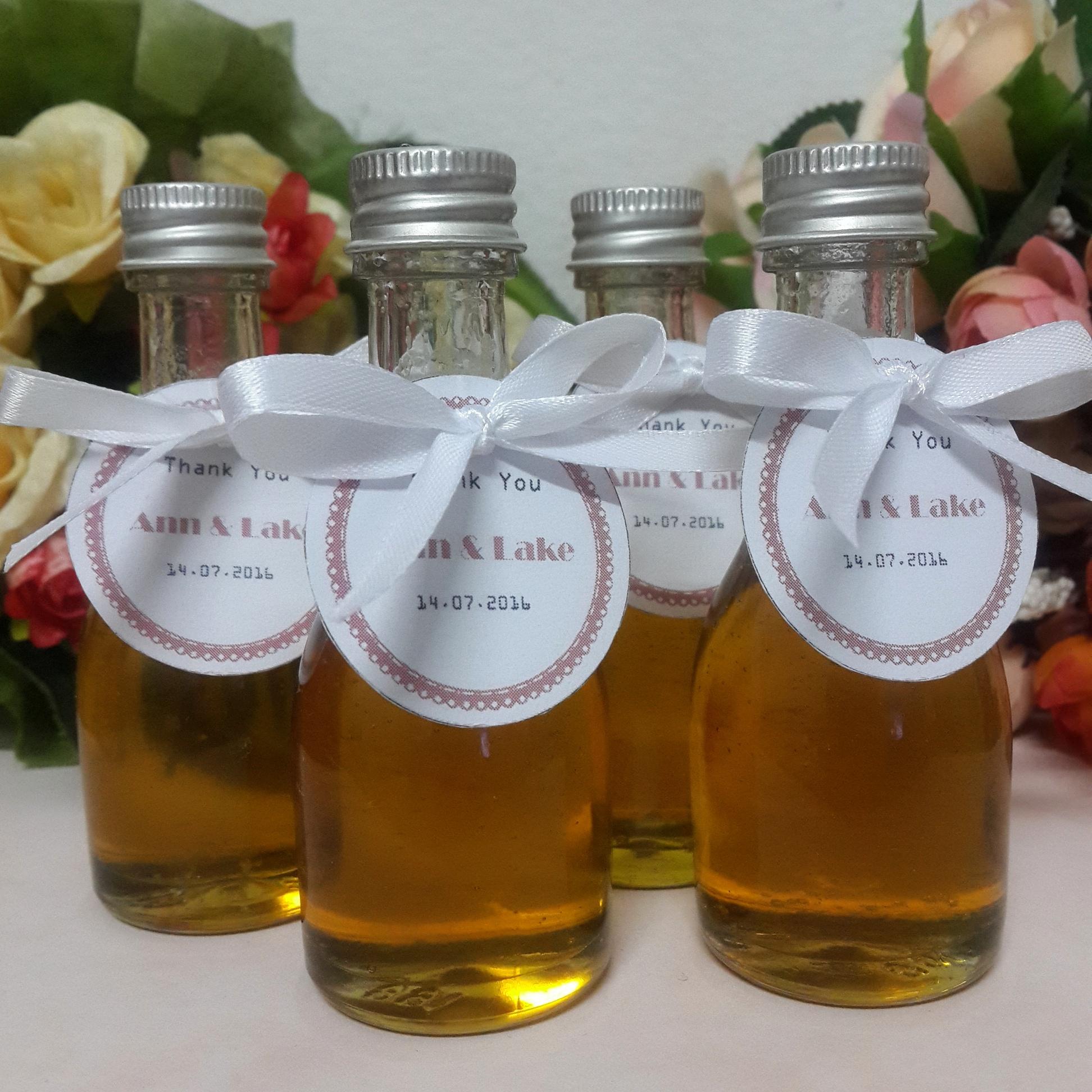 น้ำผึ้ง ในขวดเหล้า 30 cc.