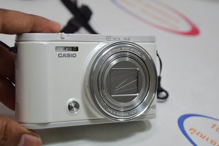 (Sold out)Casio EX-ZR3600
