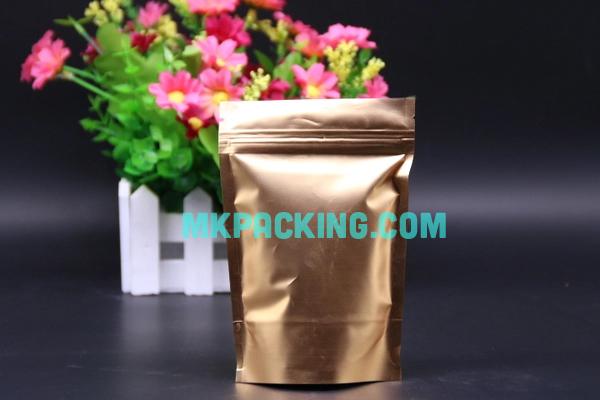 ถุงฟอยด์ทองทึบ ซิปล็อค ตั้งได้ ขนาด 14x22+4cm