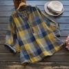 เสื้อเบลาส์คอวี ลายสก๊อตแขนสั้น (มีให้เลือก 2 สี)