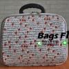 กระเป๋าผ้า หน้านูน สีขาว ลายสตรอว์เบอร์รี่ ขนาด 12 นิ้ว