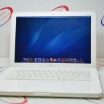 (Sold out)Macbook Pro White unibody