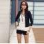 (Pre Order) สไตล์แฟชั่นผู้หญิงแจ็คเก็ตสูทสีขาว Rhinestone Rivet พัฟแขนยาวบางเสื้อสั้นสำหรับฤดูใบไม้ร่วงฤดูใบไม้ผลิ มี 2 ดำ,ขาว ไซส์S,M,L,XL thumbnail 2